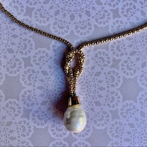 Knotted Gold and pearl necklace